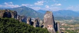 Deze dagtocht gaat naar het indrukwekkende gebied van de Metéora-kloosters.